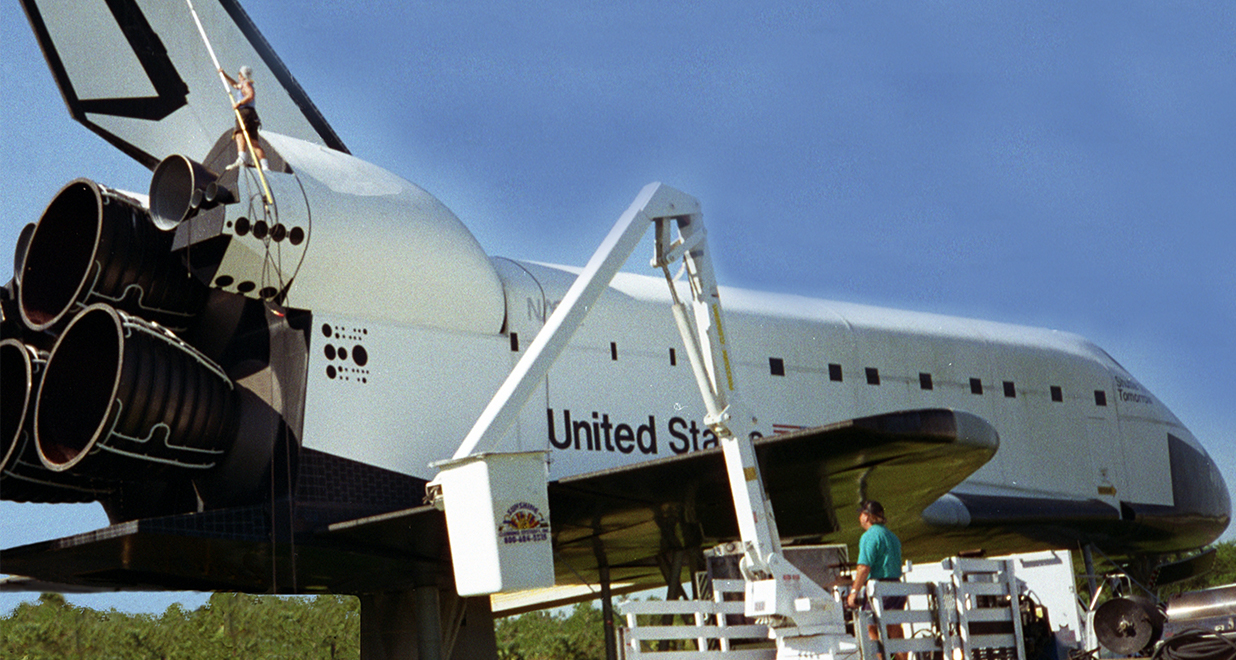 sunshine-cleaning-systems-nasa-shuttle-no